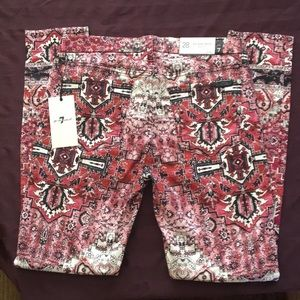 7FAM SuperSkinny Jeans in Cool/Edgy Pattern NWT 28